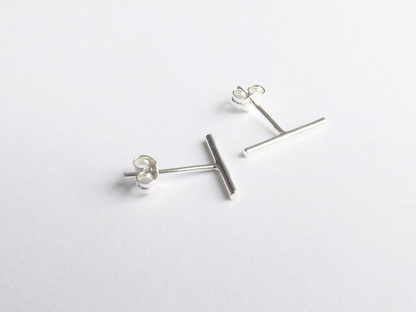 Minimalist Line Earrings,Bar Earrings,Silver Bar Earrings,T Earrings,Line Earrings,Tiny Bar Earrings,Modern Chic,Dash Studs,Simple Earrings