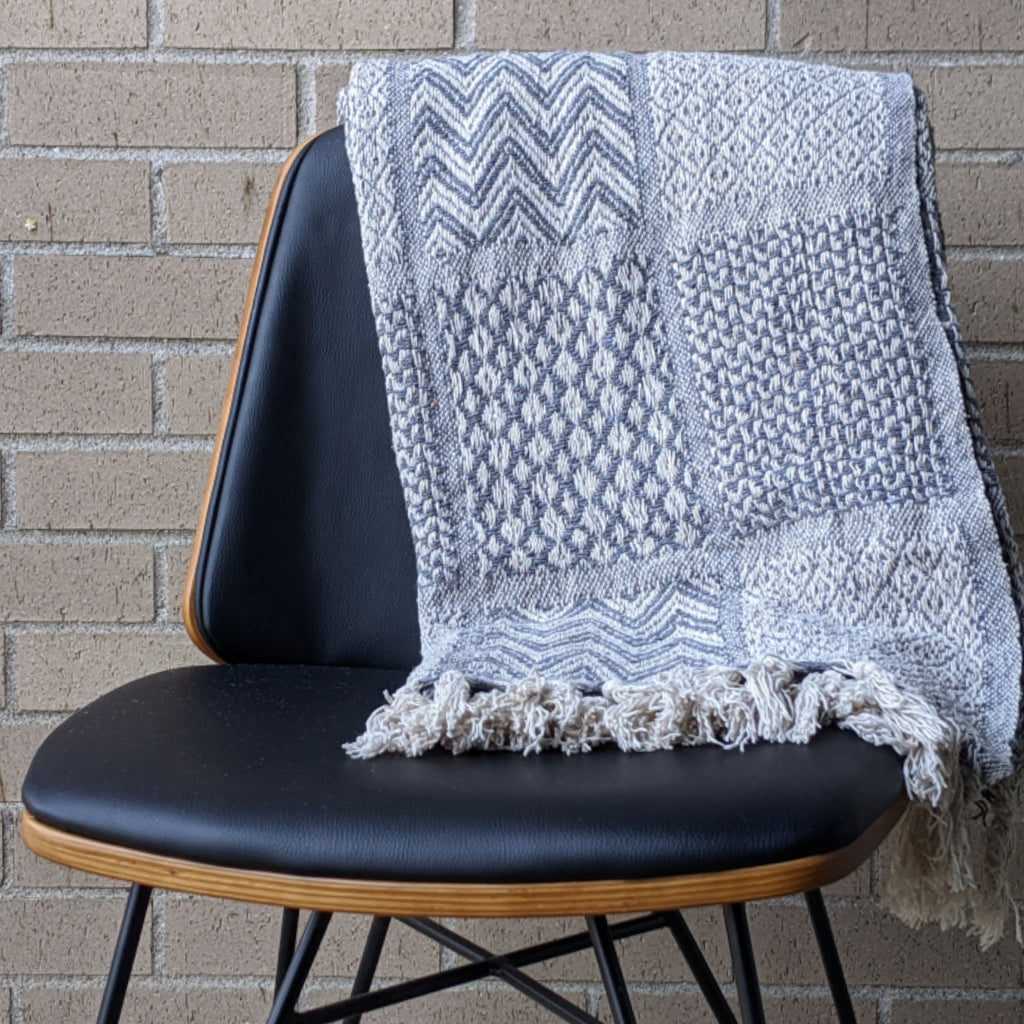 Grey Patterned Cotton Knit Throw With Fringe