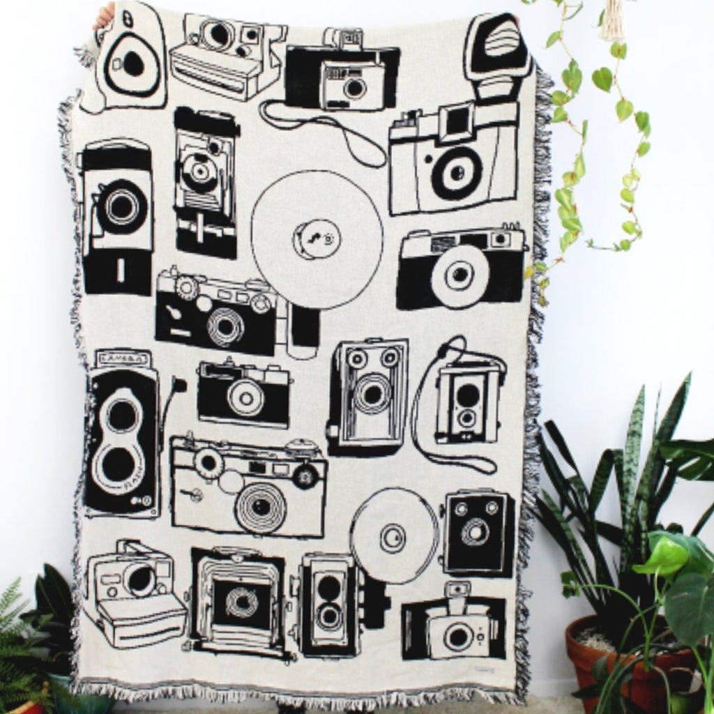 Reversible Camera Throw