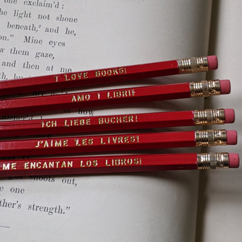 I Love Books Pencil Set