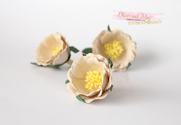 5 pcs Mulberry Paper Flowers - Polyantha Roses - 4.5cm in Pale Beige