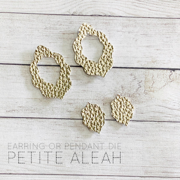 Petite Aleah Pair of Earrings or Pendant die