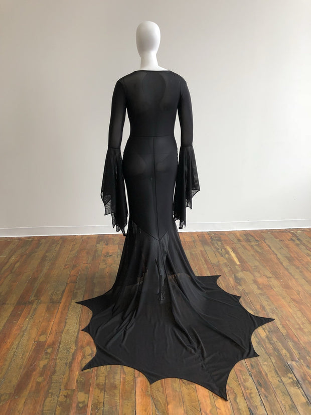 Returning Fall 2021 - Battress Mesh Gown - Agashi Shop