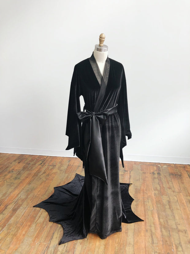 Returning Fall 2021 - Greta Bat Wing Velvet Peignoir - Agashi Shop
