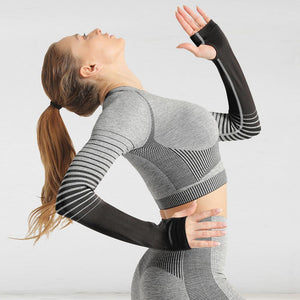 The Extreme Velocity Slimming Gradient Push-Up High-Waisted Seamless Yoga Gym Leggings & Long Sleeve Crop Top (LIMITED EDITION) (For Bundling) Yoga Sets AJISSI Sportwear Store Black Fox Ninja Long Sleeve Crop Top (1 pcs) S