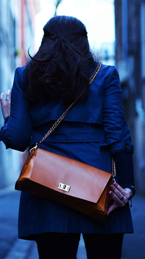 Minimal Brown Leather Shoulder Bag