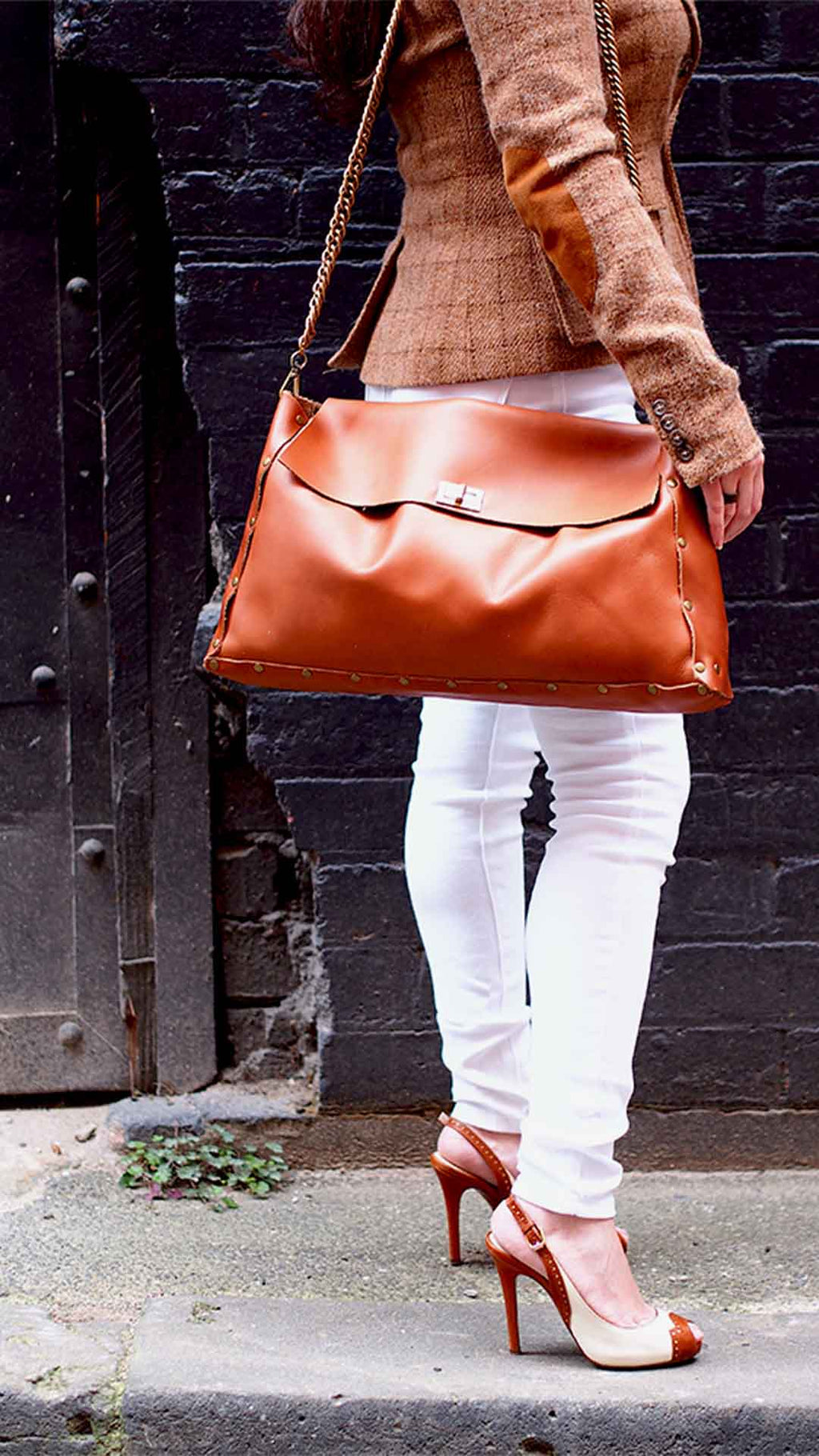 Best Biggest (and baddest) Minimal Design Leather Shoulder Bag