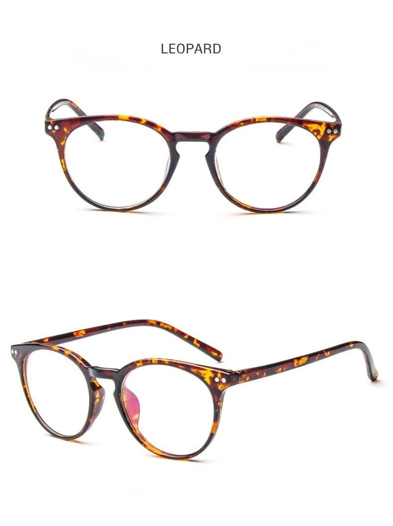 Put Some Quirky Flair Into Your Daily Looks With Vintage Round Clear Eyeglasses Frames - HABIT