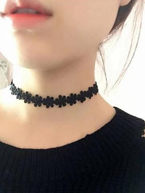 The Minimalist Old France Sexy Collier Lace Flower Elastic Vintage Choker Necklaces Collection Choker Necklaces QBH Jewelry Co.,Ltd min order $1 Solid Dancing Flowers