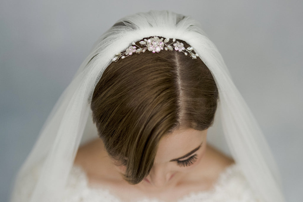 Classic crystal and pearl wedding veil comb
