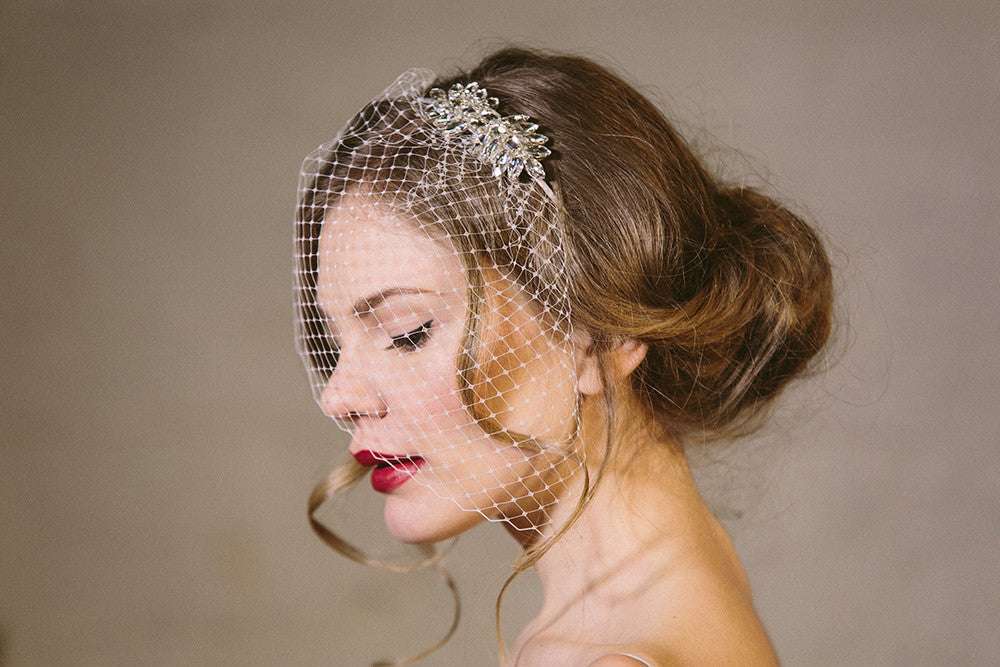 Rhinestone wedding comb with birdcage veil