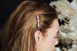 Small Swarovski star and pearl wedding hair comb