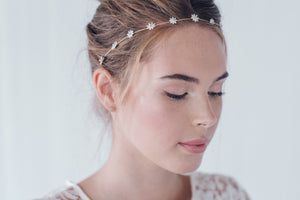 Simple flower wedding headband in gold, silver or rose gold - Daisy