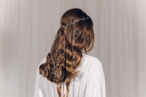 Veil hairvine with dangling strands in silver and freshwater pearl  - Elise