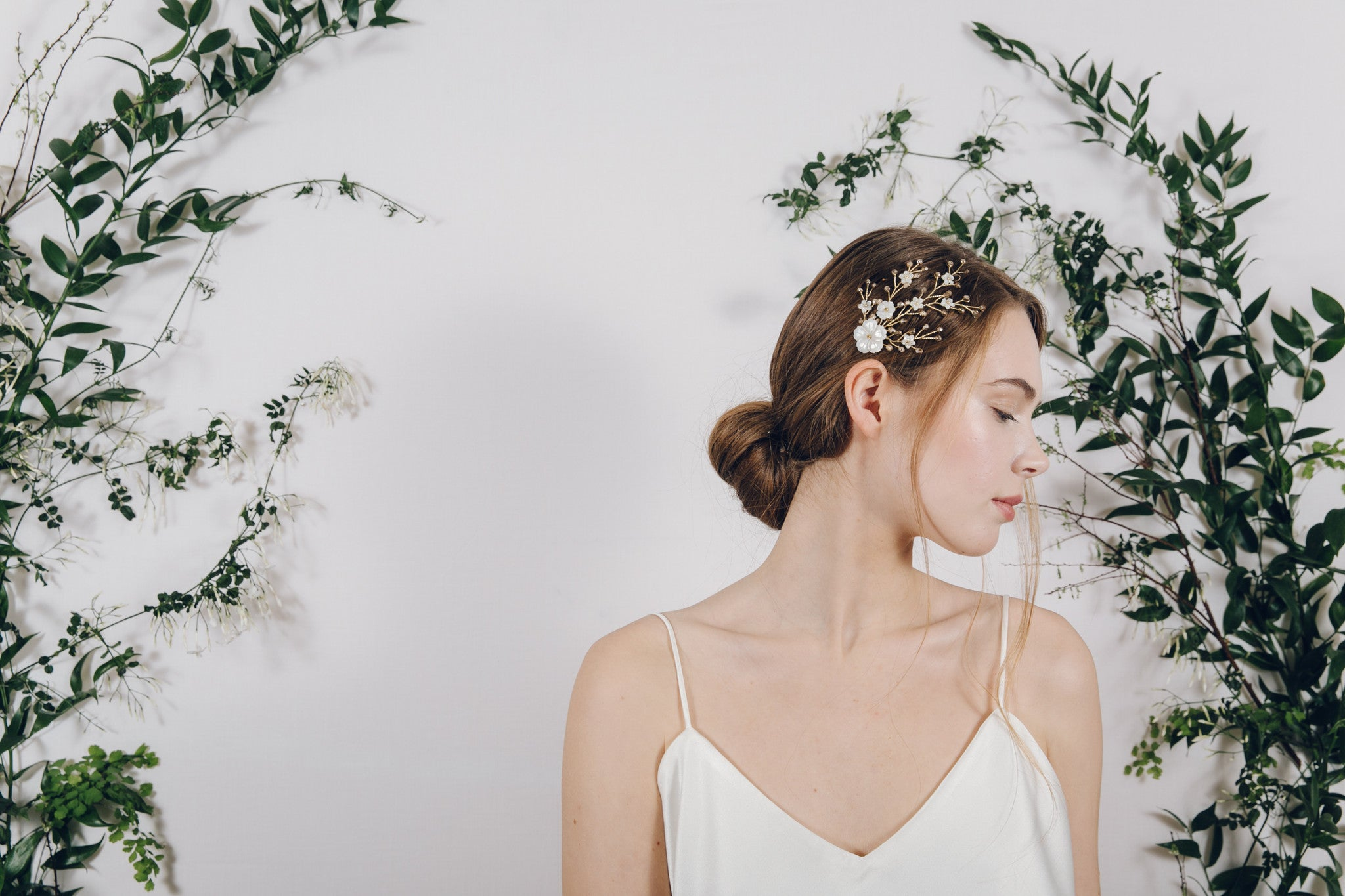 Small gold floral wedding hair vine comb