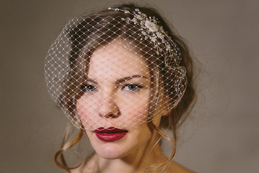 vintage Hollywood glamour wedding veil