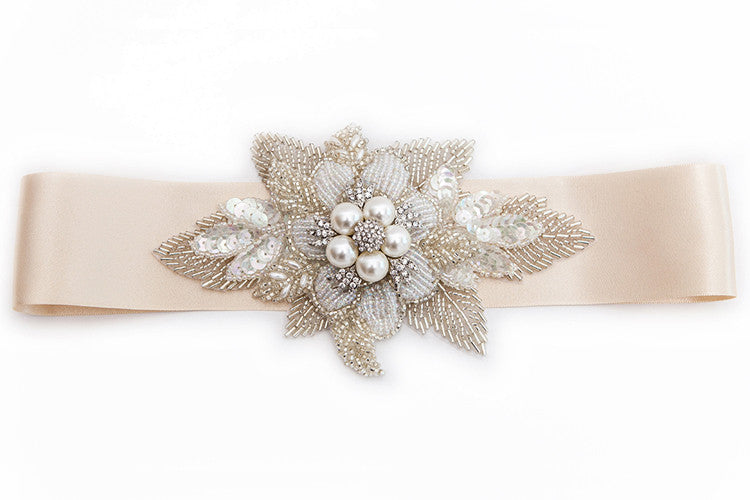 Lily statement pearl flower warm ivory and silver bridal sash