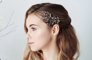 Pair of leafy updo hairpins in Silver Swarokski sphinx eye crystals - Sophia
