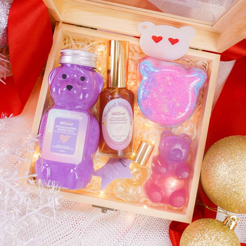 Beary Aesthetic Christmas Gift Set