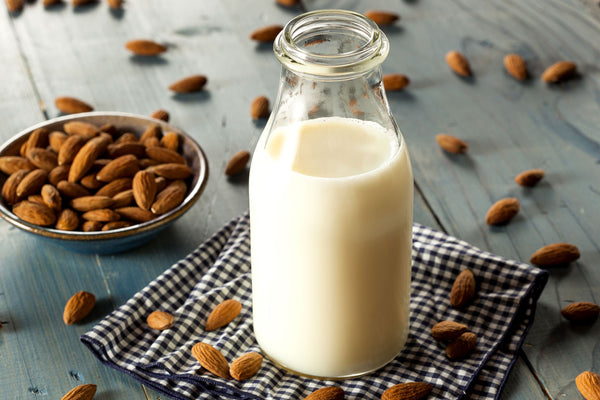 Almond Milk and its advantages