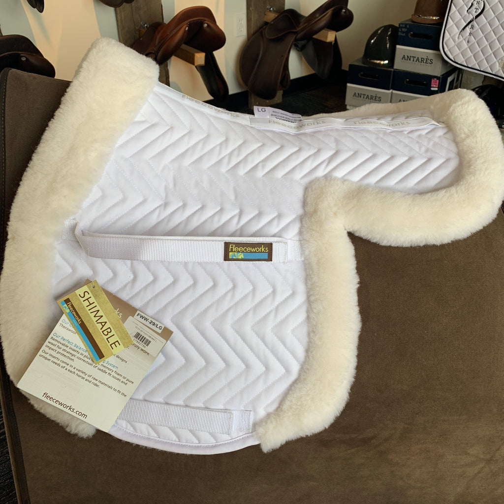 Size large fleeceworks wool shaped pad, ideal for the hunter ring