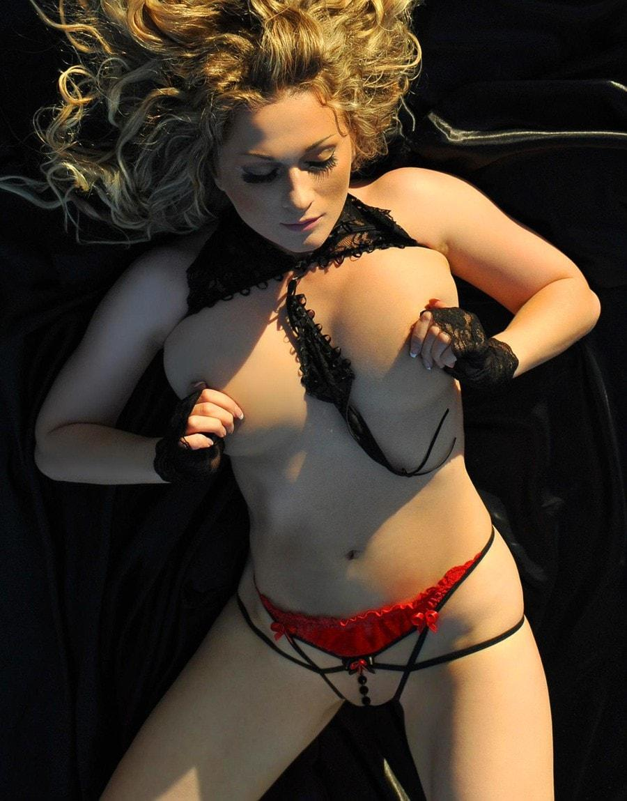 Black Widow Pleasure Thong