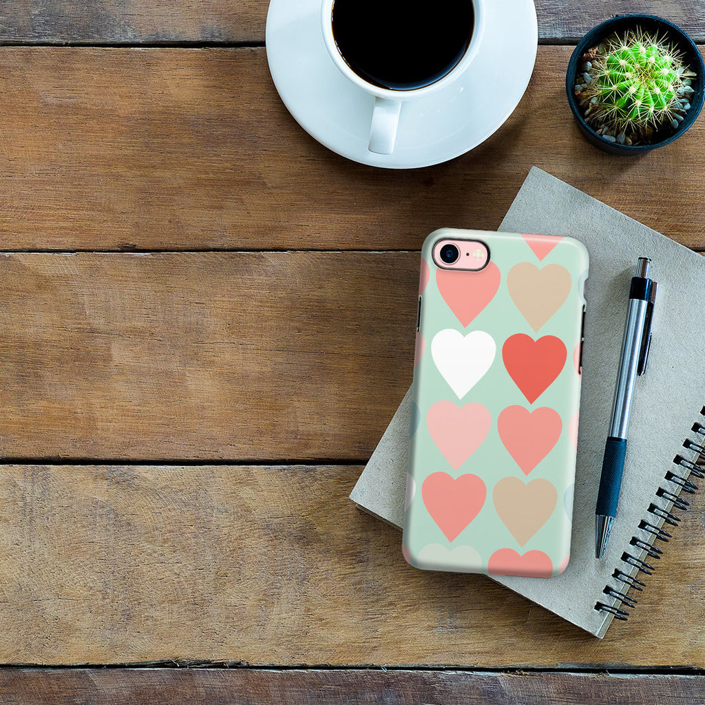 iPhone 7 Adventure Case - Candy Hearts