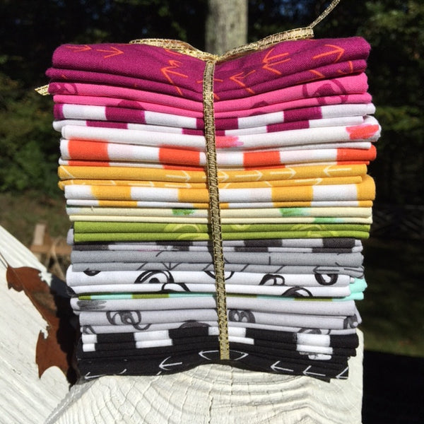 Heather Jones Color Dash Fat Quarter Bundle
