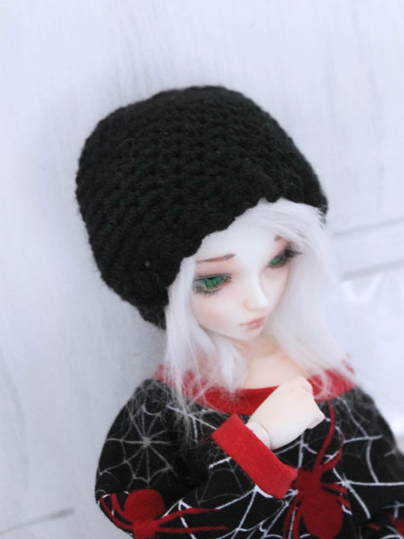 "Green scallop Crochet beanie for 6-7"" MSD dolls by MonstroDesigns READY to SHIP - Monstro Designs"