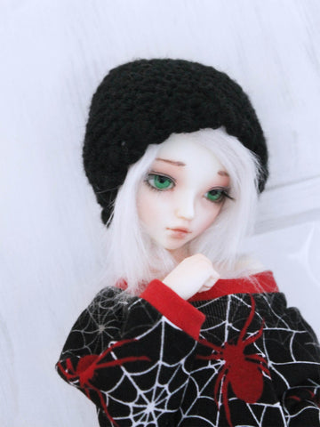 "Black scallop Crochet beanie for 6-7"" MSD dolls by MonstroDesigns READY to SHIP - Monstro Designs"