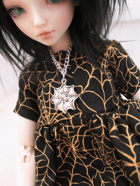 Silver Spider Web chain necklace for BJD dolls by MonstroDesigns - Monstro Designs