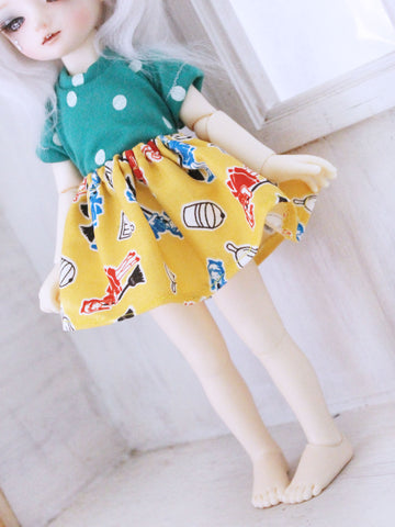 YOSD Yellow washer girl skirt for BJD dolls READY to SHIP - Monstro Designs