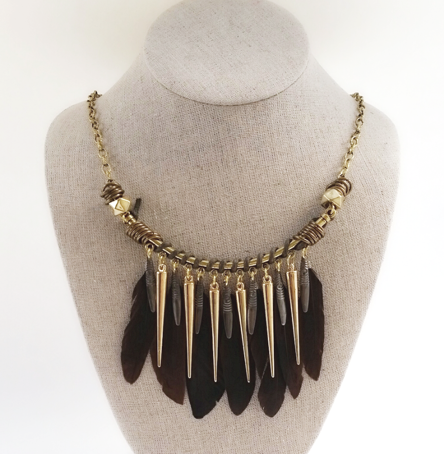 Southwestern Boho Tribal Gold Chain and Feather Collar Necklace