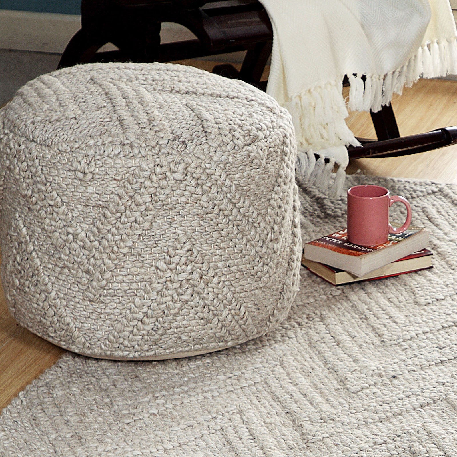 Le-Vene handmade Wool Pouf LE-08 -  بوف صوف مصنوع يدويًا من لو فين - Shop Online Furniture and Home Decor Store in Dubai, UAE at ebarza