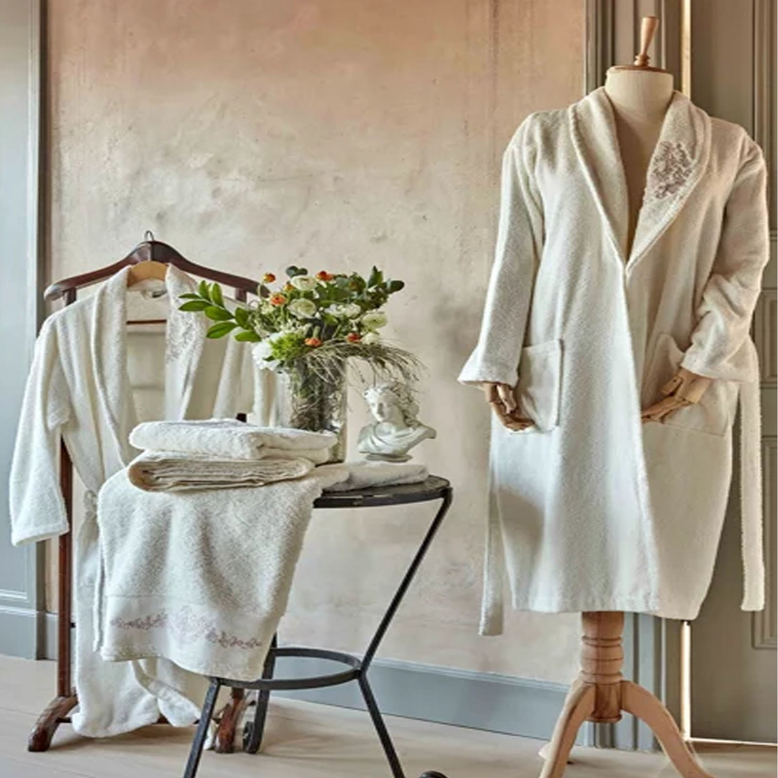 Desire Embroidered Offwhite Beige Bathrobe Set 3 Pieces 200.15.01.0223