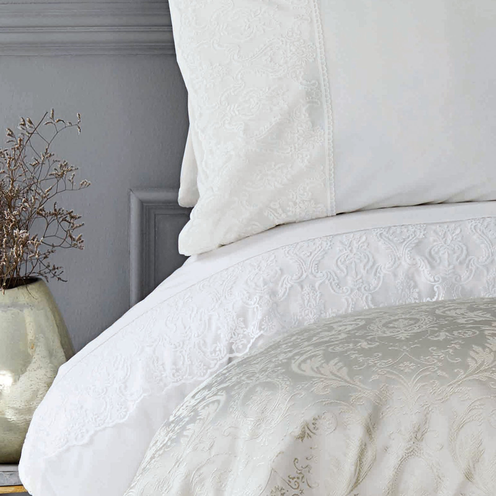 SILVIO GOLD   Bedding  Set 200.16.01.0197