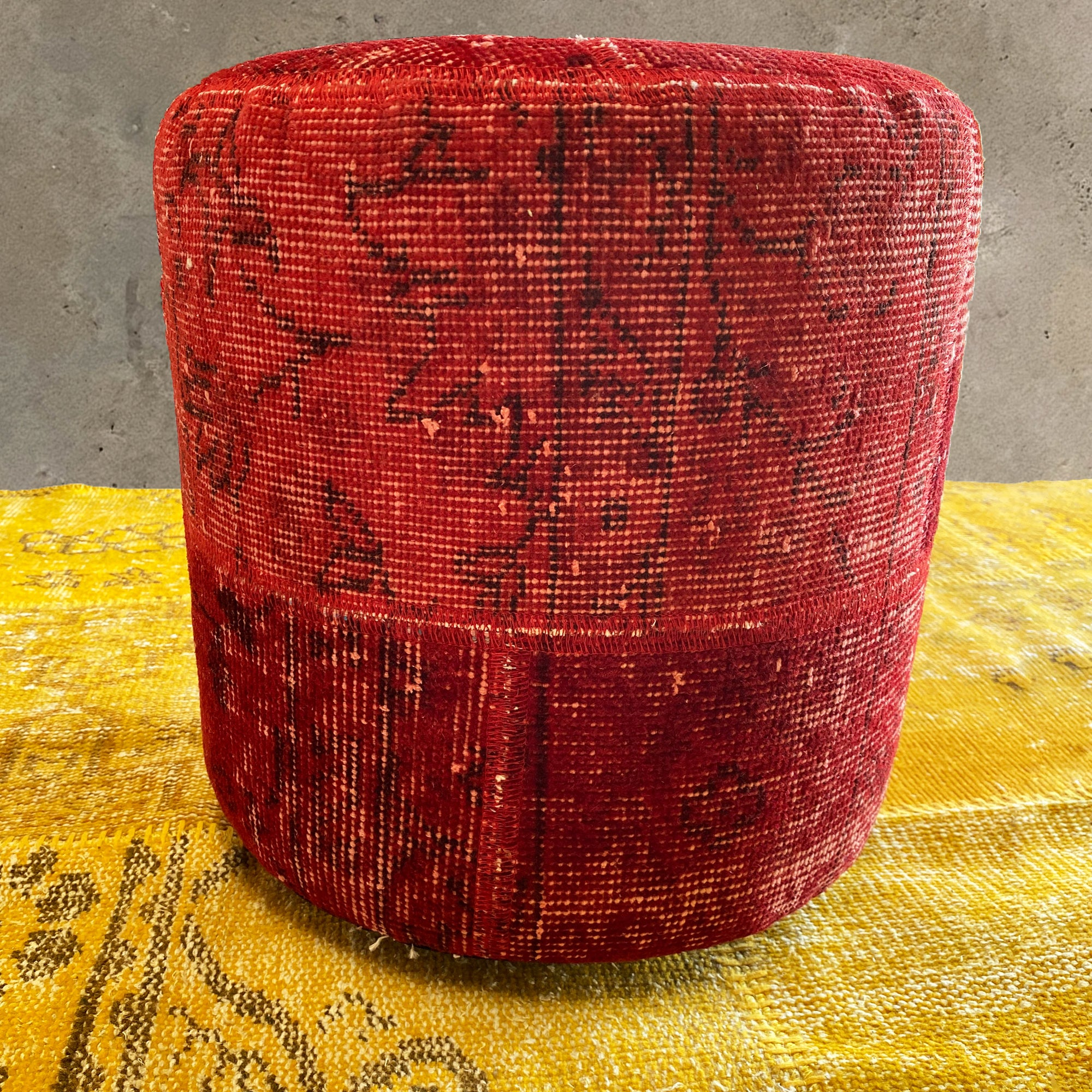 HALI X-Bursa Handmade over dyed Pouf RED001