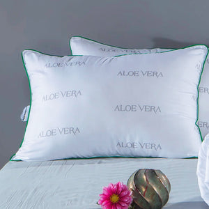 Set of 2 Pillows and 1 Quilt Aloevera