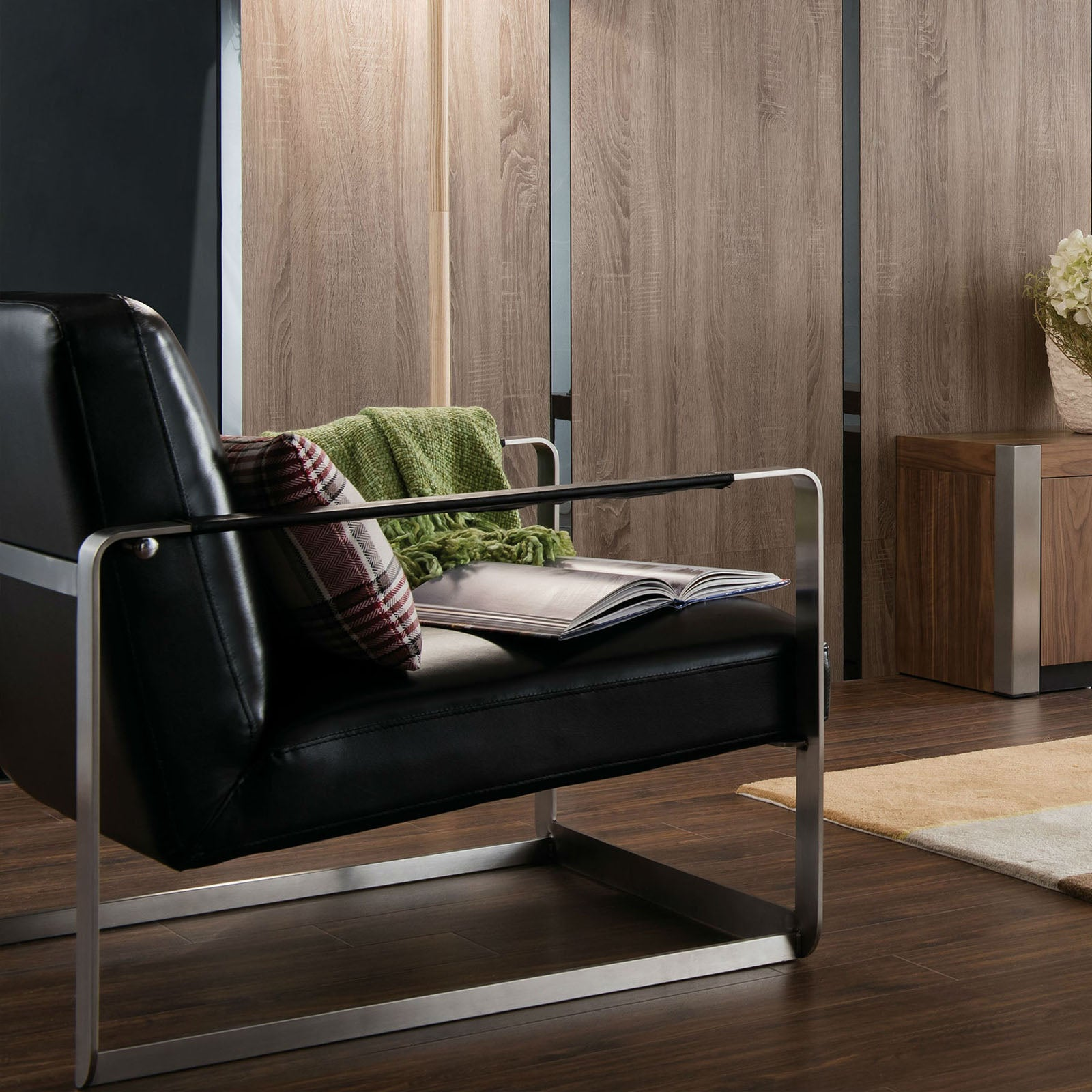 Lille Lounge Chair B2089-C