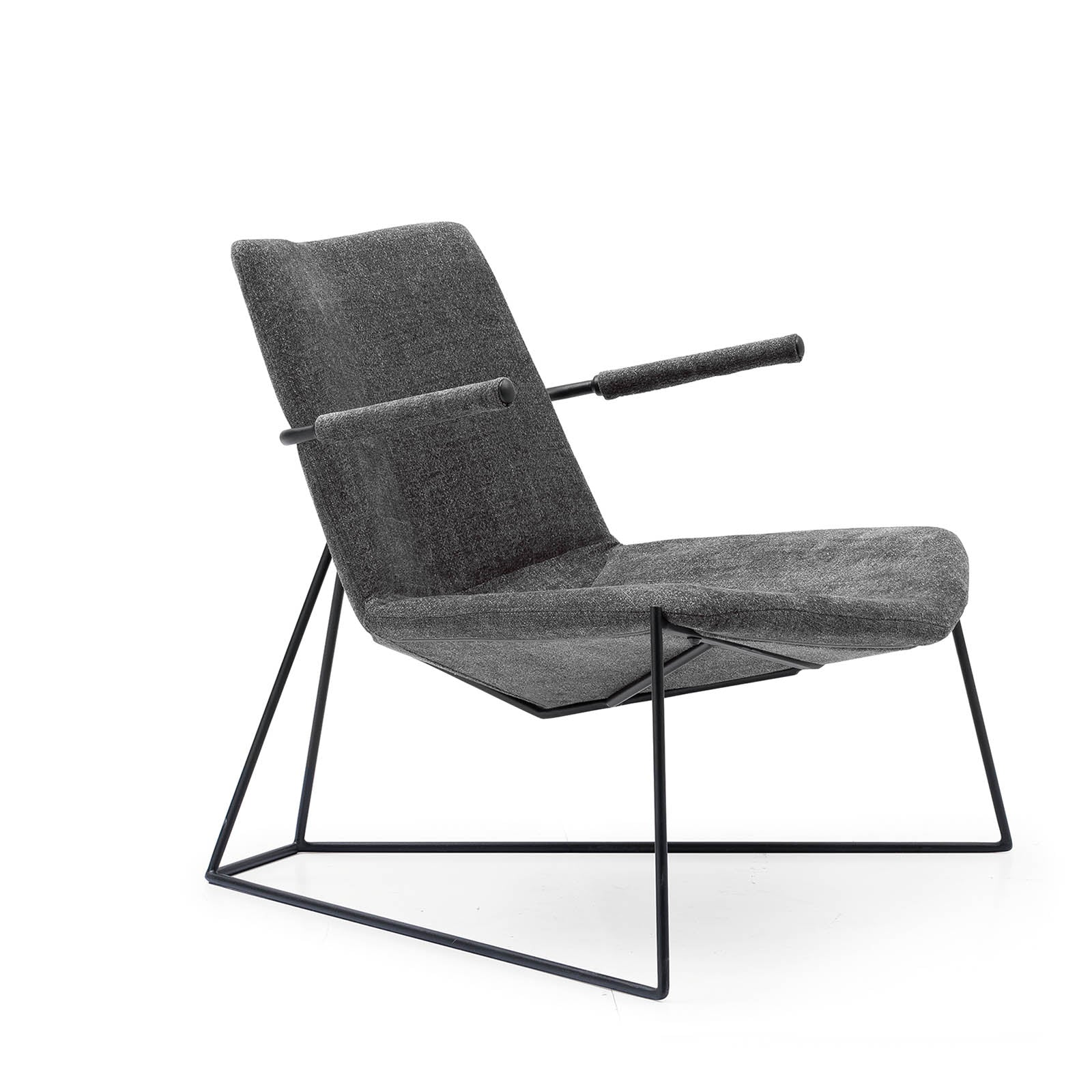 Swell Lugano Lounge Chair Lc032 Machost Co Dining Chair Design Ideas Machostcouk