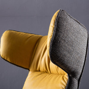 Monaco Swivel Lounge Chair  LC001
