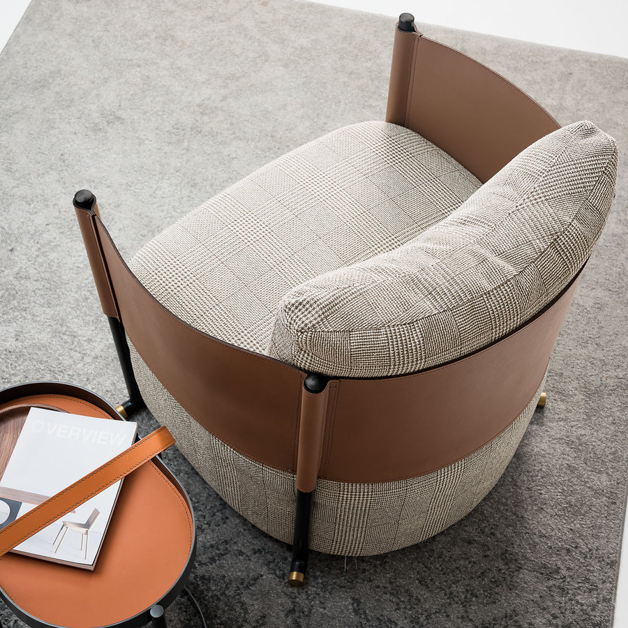 Pre-Order 40 days delivery  Vittoria lounge chair LC041