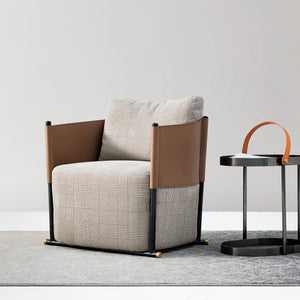 Vittoria lounge chair LC041