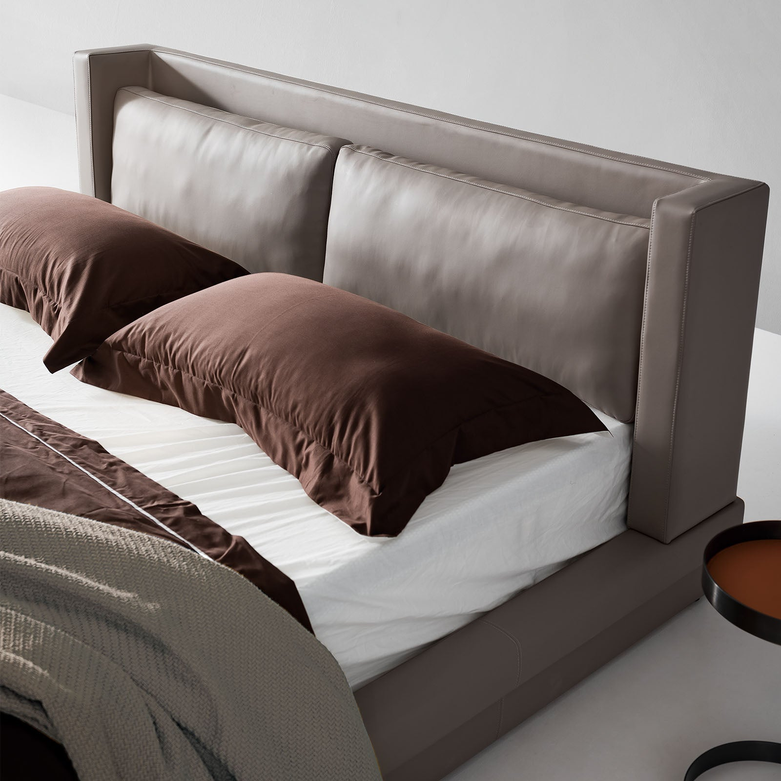 Pre-Order 50 Days Delivery Andria King Size Bed B003