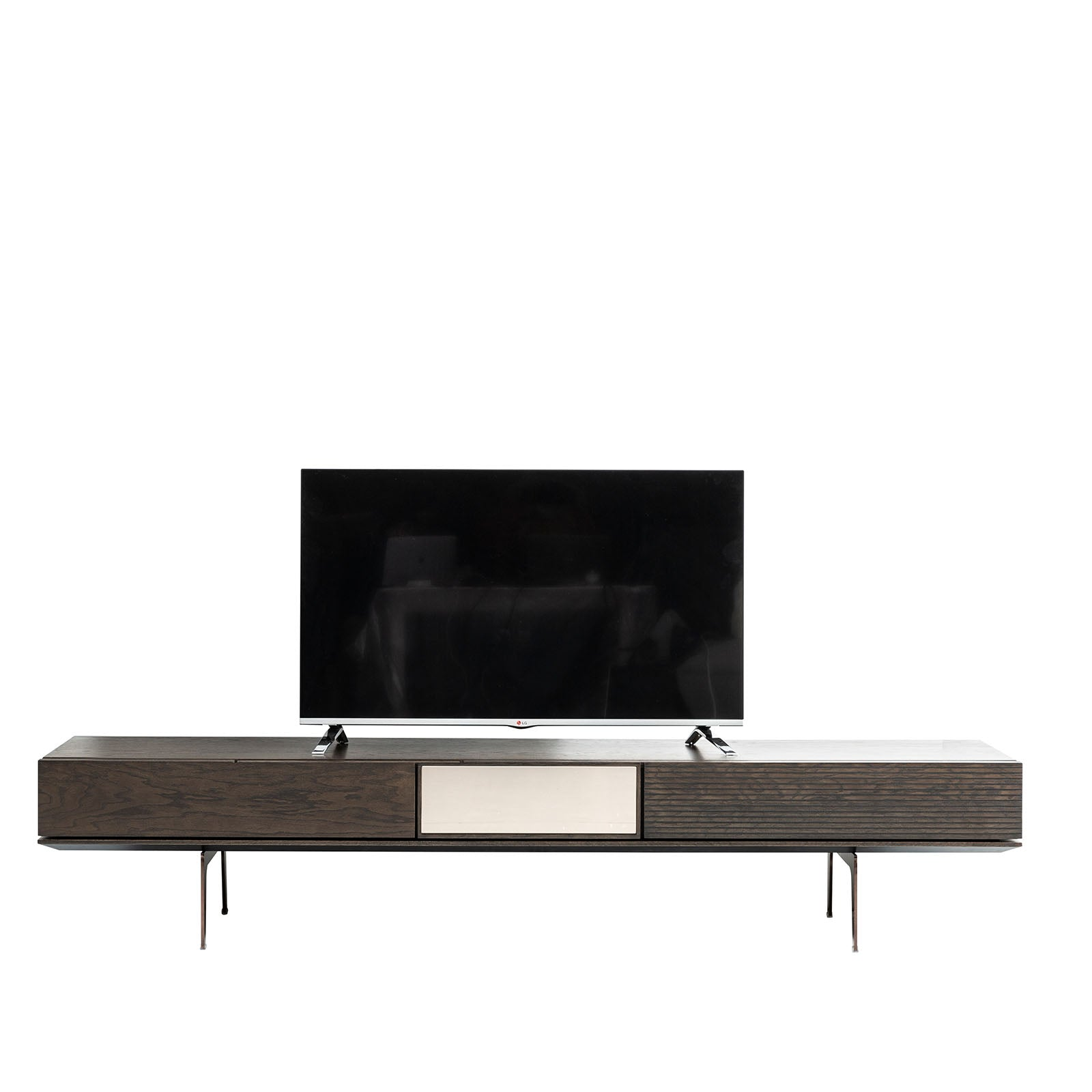 California TV unit CAL0095