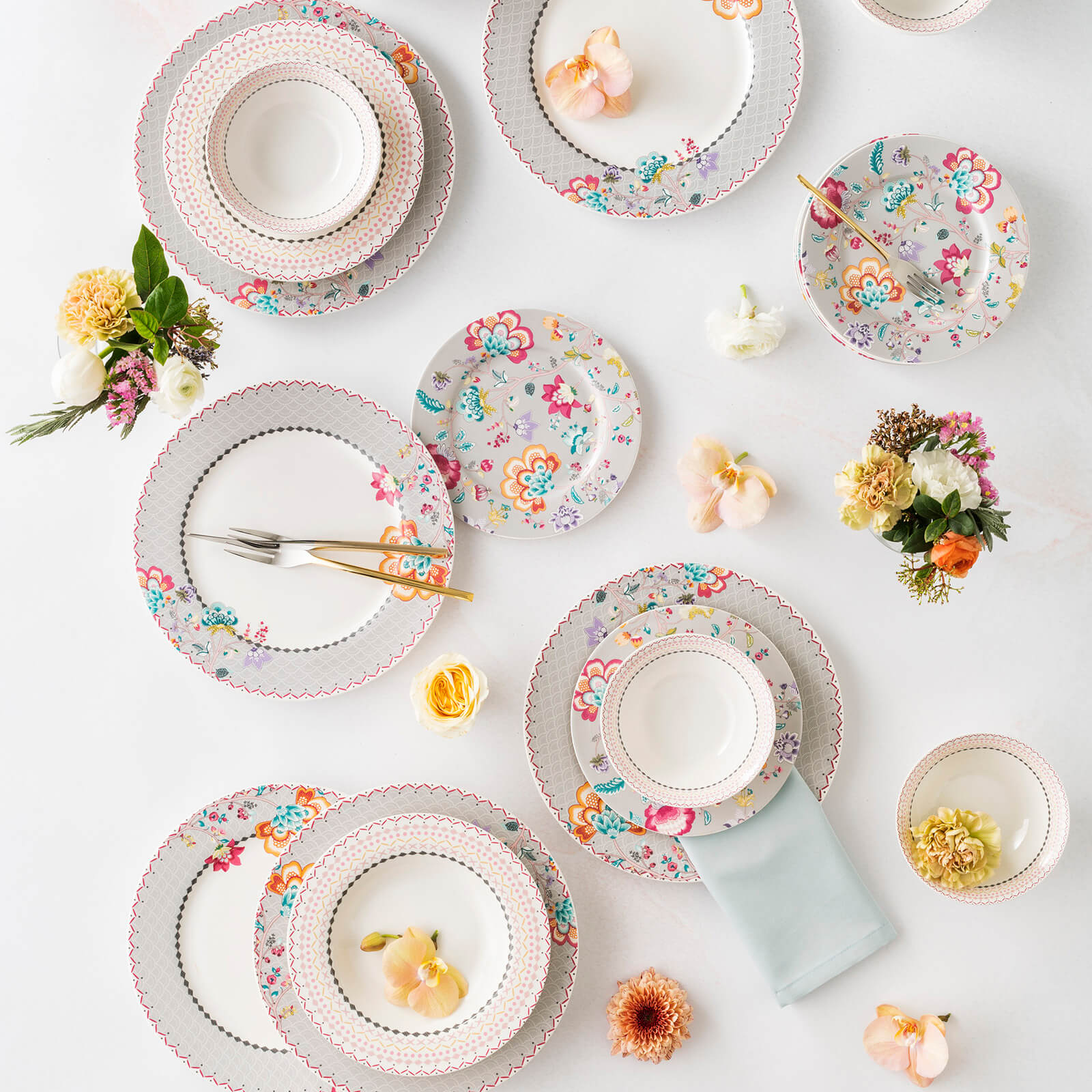 Pre-Order 50 days delivery 24 pieces May Flower 6-Person Dinner Set 153.03.07.9969 -  اطلب مسبقًا 50 يومًا تسليم 24 قطعة طقم عشاء مايو فلاور 6 أشخاص - Shop Online Furniture and Home Decor Store in Dubai, UAE at ebarza