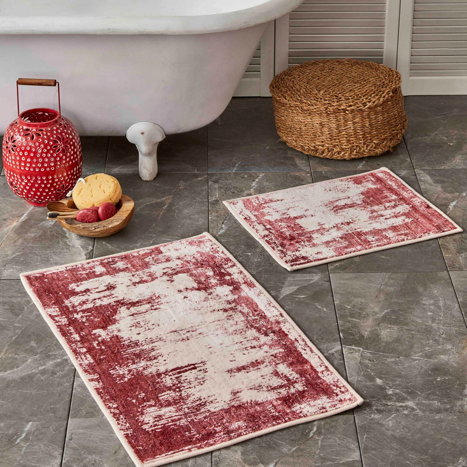 Sarah Anderson Lery red 2-Piece Bath Mat 160.02.01.0361 -  سجادة حمام من قطعتين باللون الأحمر من سارة أندرسون - Shop Online Furniture and Home Decor Store in Dubai, UAE at ebarza