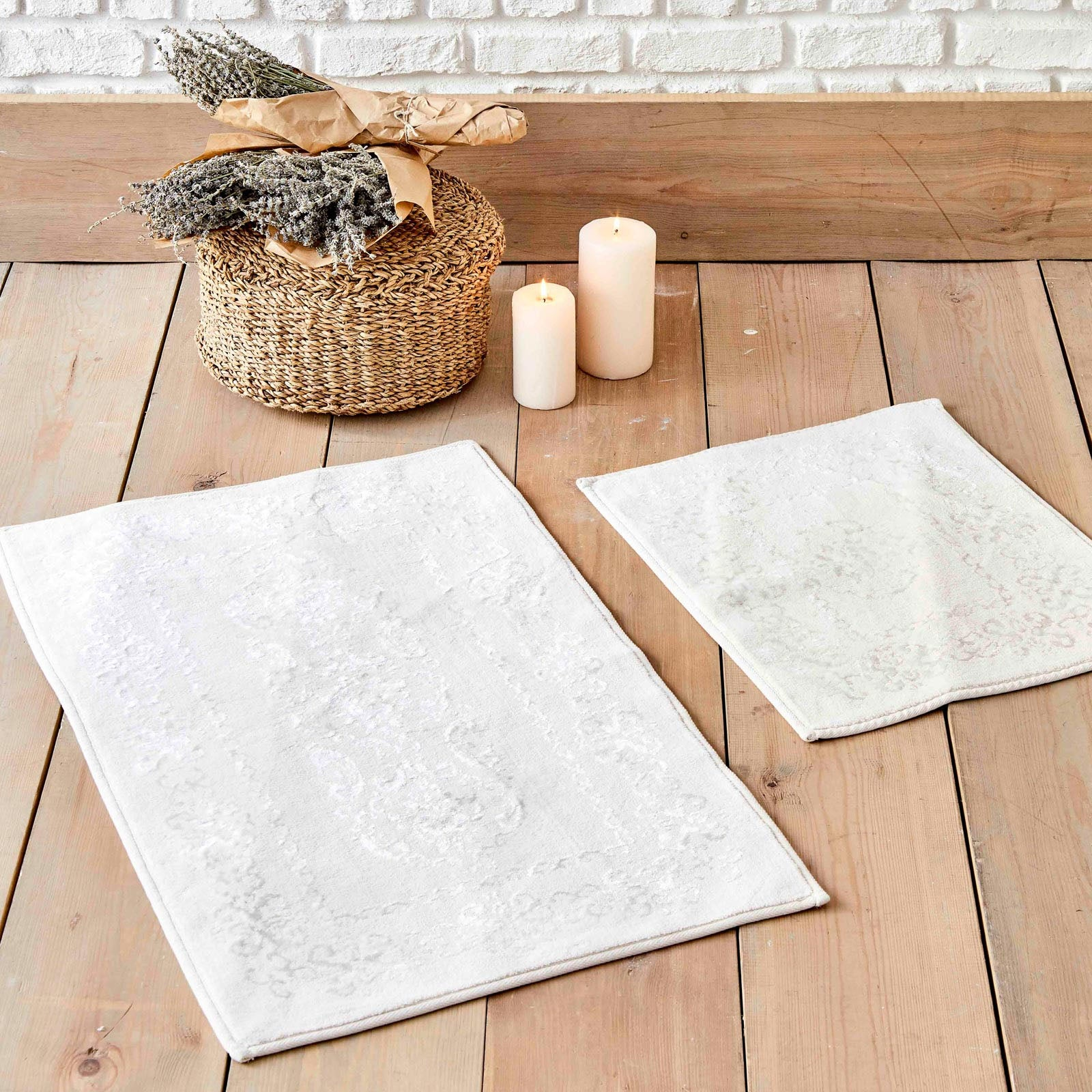 Karaca Home Azalea Cream 2 Pieces Flosh Bath Mat 200.17.01.0185 -  كاراجا هوم أزاليا كريم قطعتين بساط حمام فلوش - Shop Online Furniture and Home Decor Store in Dubai, UAE at ebarza