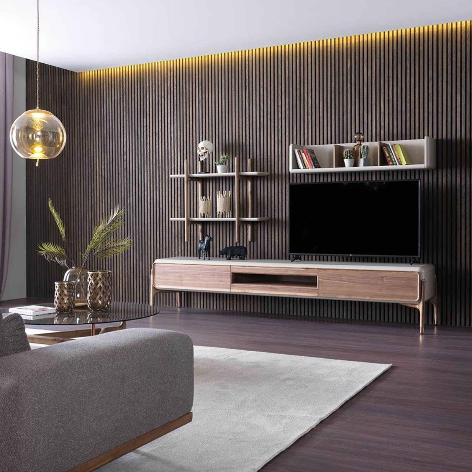 Diamond TV unit    DiamondTV