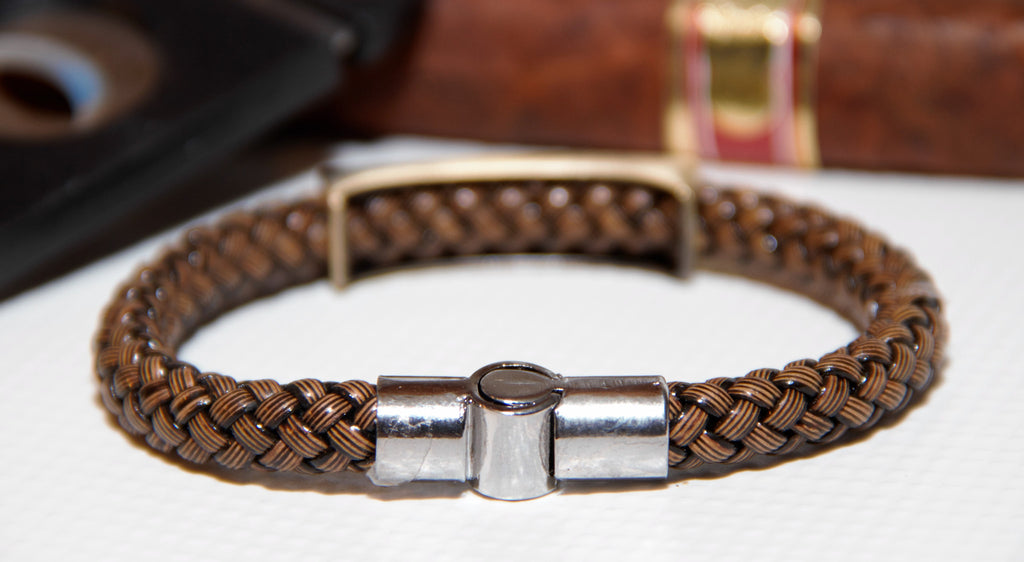 How to open and close your Italian Braid Bracelet